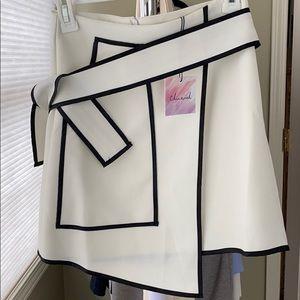 Urban Vogue Flap Skirt in White